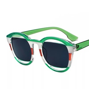 Image 4 - 女性のファッション安いオーバルサングラス緑青黄赤ラウンドビーチデザイナーシェードケースで販売のための女性運転メガネ