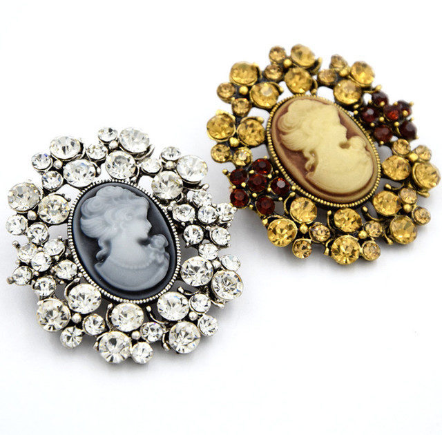 2017 New Design Vintage Style Figure Brooch High Quality Diamante  Rhinestone Women Pins Queen Cameo Antique Lady Brooch Pins 3e98439b43ab