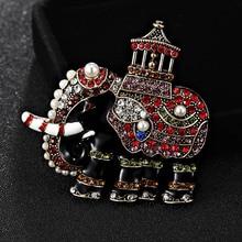 Blucome Tamaño Pequeño Elefante Broches Para Los Hombres Mujeres esmalte de Joyería de Moda Hijab Pins Y Broches Broche de diamantes de Imitación de La Perla perfecta