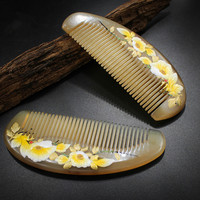 Fine combed horn comb, massage health care hairdressing comb, sheep horn, hand painted lacquer comb