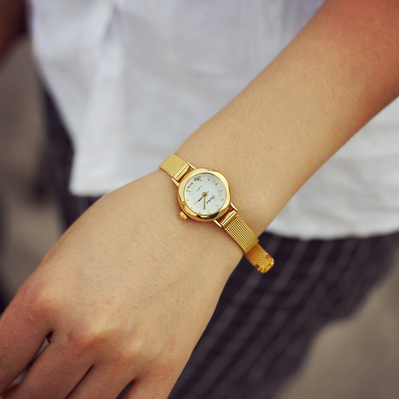 Luxury fashion gold font b women b font quartz font b watches b font top brand