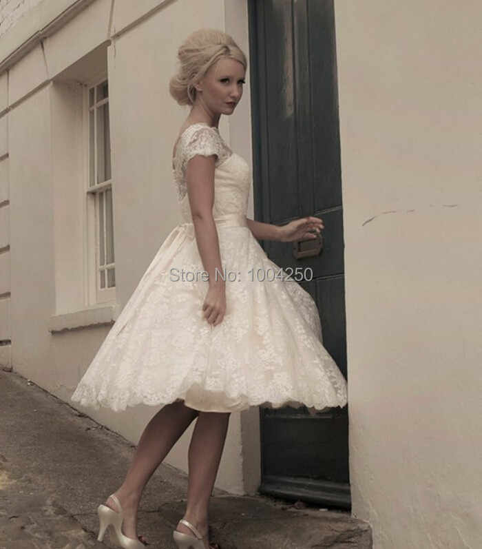2c736c8ac583 ... Vintage Short Lace Beach Wedding Dresses 2018 Cap Sleeves Appliques Garden  Bridal gown Boho Wedding Dress ...