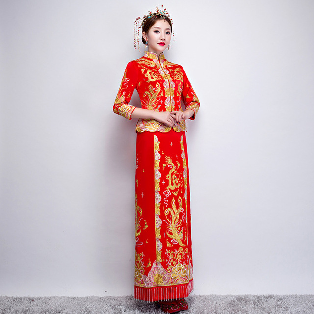 13180df74 Red Traditional Chinese Gown Wedding Dress 2019 New Embroidery Woman Long  Cheongsam Qipao Vestido Oriental Style