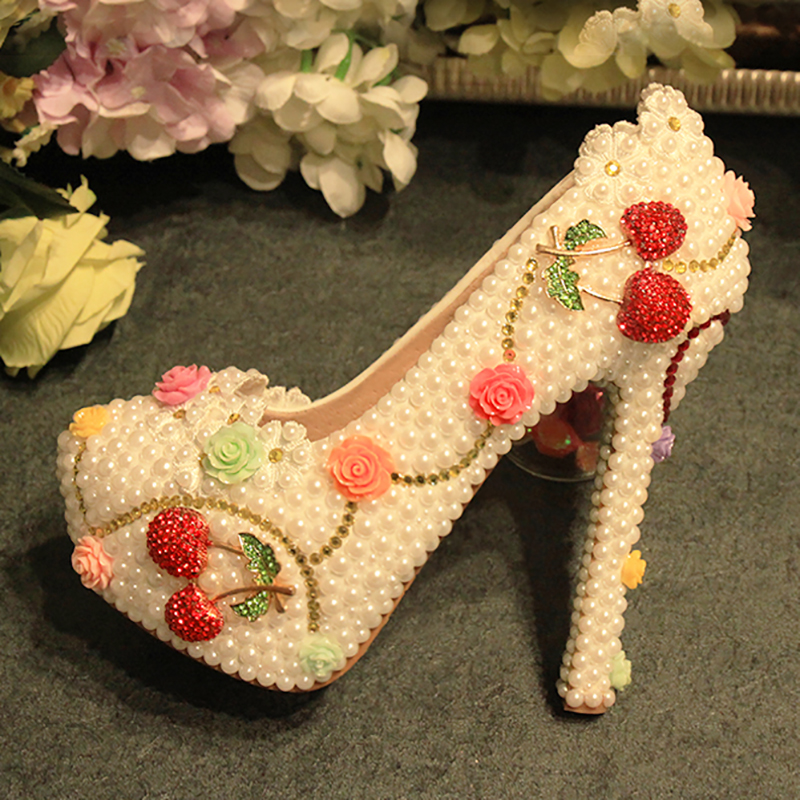 Womens Wedding Shoes White Pearl Flowers Crystal Decor Pumps Round Toe Sexy Bride Princess High Heels Female Rhinestone Shoes pointed toe high heels new arrival white pearl wedding shoes mother of the bride shoes rhinestone comfortable performance shoes
