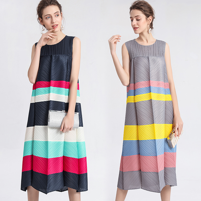 2019 Summer Runway Women Pleated Dress Special Color Matching Chic Tank Dresses Women s Sleeveless Striped