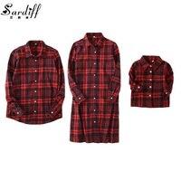 Sardiff Gia Đình Phù Hợp Với Outfit Đỏ Kiểm Tra Mẫu Shirt Anh Phong Cách Mẹ Trẻ Em Cha Bộ Quần Áo Con Gái Mặt Trời Áo Sơ Mi Thư