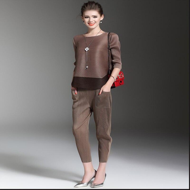 Issey Miyake весна лето 2019 Женский комплект из 2 предметов модный Свободный круглый вырез плиссированная рубашка Топы и укороченные брюки компле...