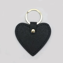 New fashion free custom initial letters Genuine leather keychain for women key ring chain female keyring