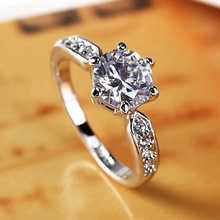 цена на High-grade crystal ladies ring genuine gold pure white pure copper plated white gold ring 2 carat zircon ring