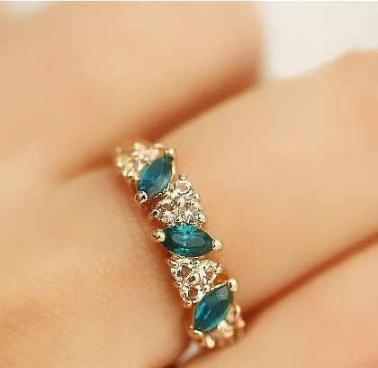 Hot Sale jewelry wholesale created crystal ring Fashion ring Sweet Flash Rhinestone Ring Jewelry Wholesale and Retail