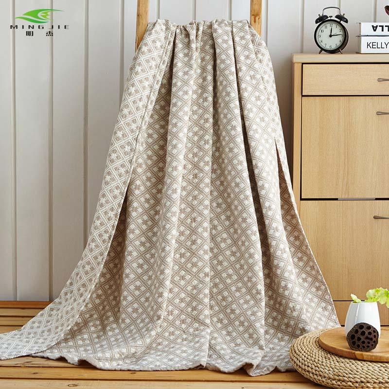 HOT SALE 100 Cotton Washing gauze Towelling Coverlet Blanket Throw Maze Plaid towel Blankets Bedding set