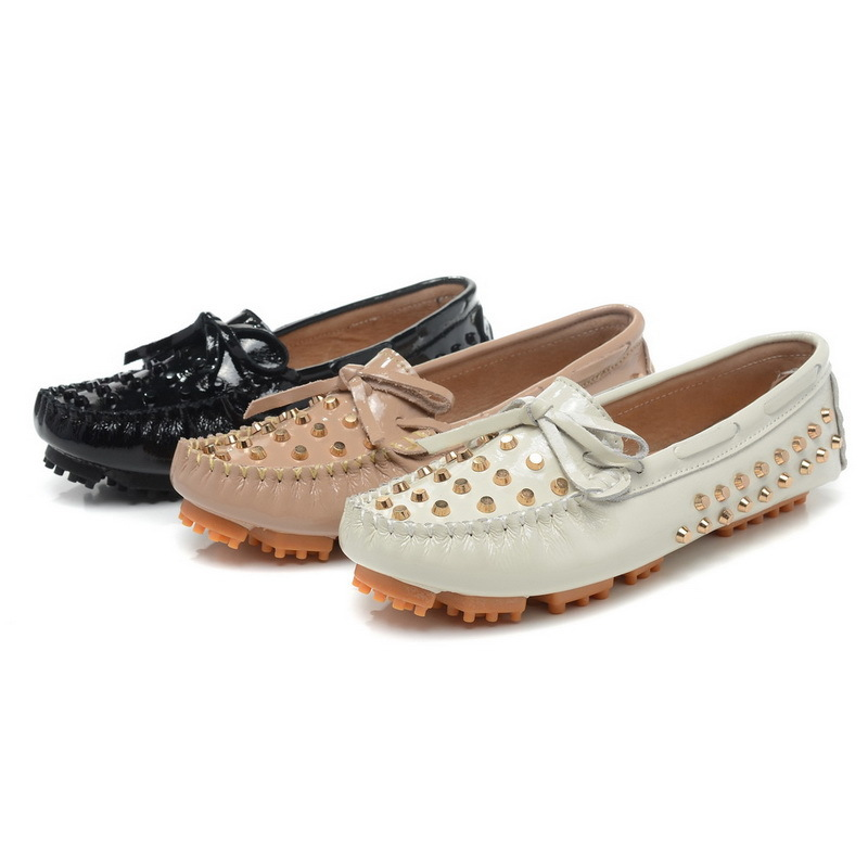 Fashion Rivets Skull Design Women Loafers Spring Summer Vintage Round Toe Flats Crack Texture Full Grain Leather Size 25-61