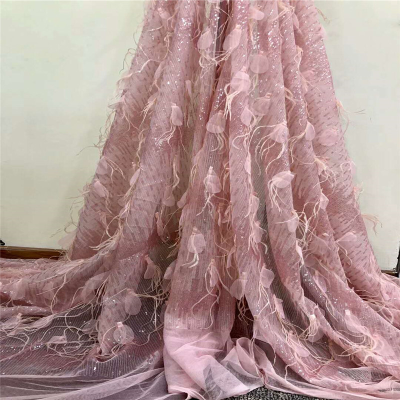 2018 latest new design French lace African sequins and feather embroidery tulle lace fabric for fashion evening dress H785 2