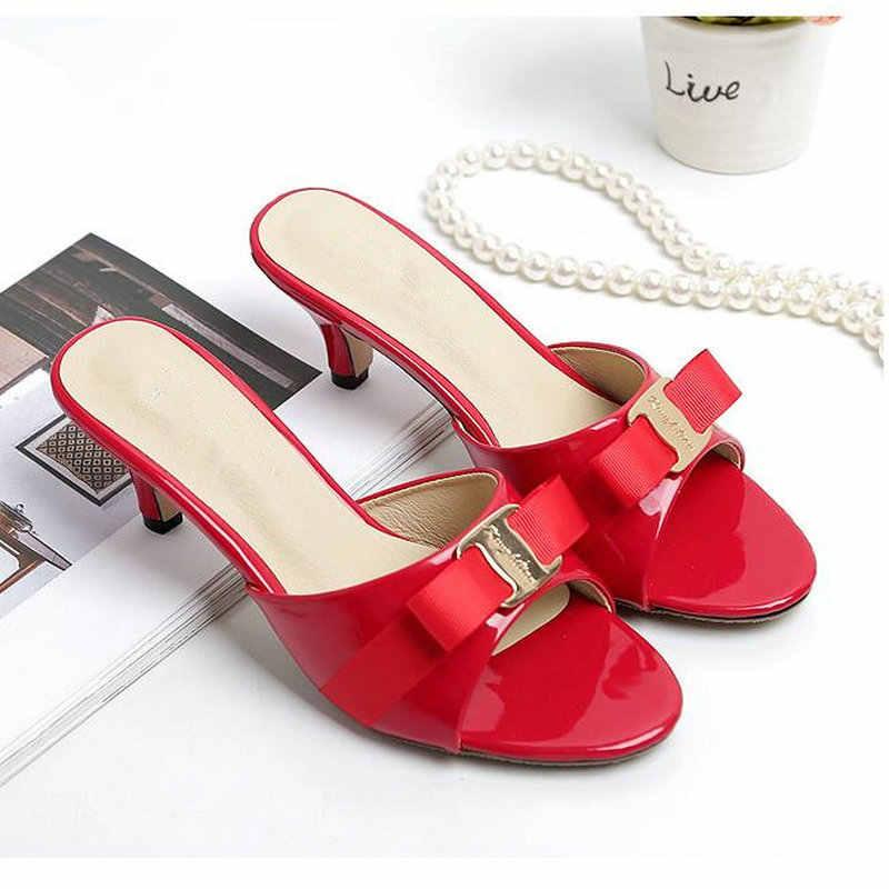 パテントレザーレディー女性のサンダル黒赤女性スライドちょう結びフリップ小型 32 ハイヒールの靴 43