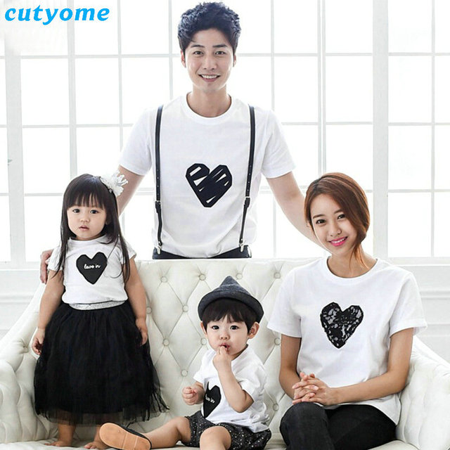 1655aff6 Family Clothing Rushed 2018 Summer Heart Pattern T Shirt Family Matching  Outfits Look Shirts Dad Mom & Son Daughter Clothes