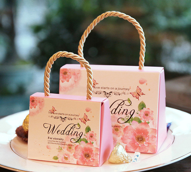 154864cm 30pcs High End Wedding Favor Candy Boxes With Handle