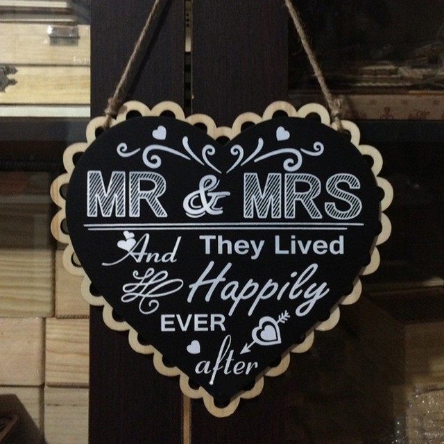 Wooden Wedding Sign Heart Black Board Mr and Mrs Party Event ...