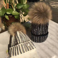 Moda rhinestone Pieles de animales sombreros sombrero de invierno real Fox Pieles de animales sombrero de invierno mujeres Pompones sombrero caliente de lana casquillo caliente punto gorros Q4