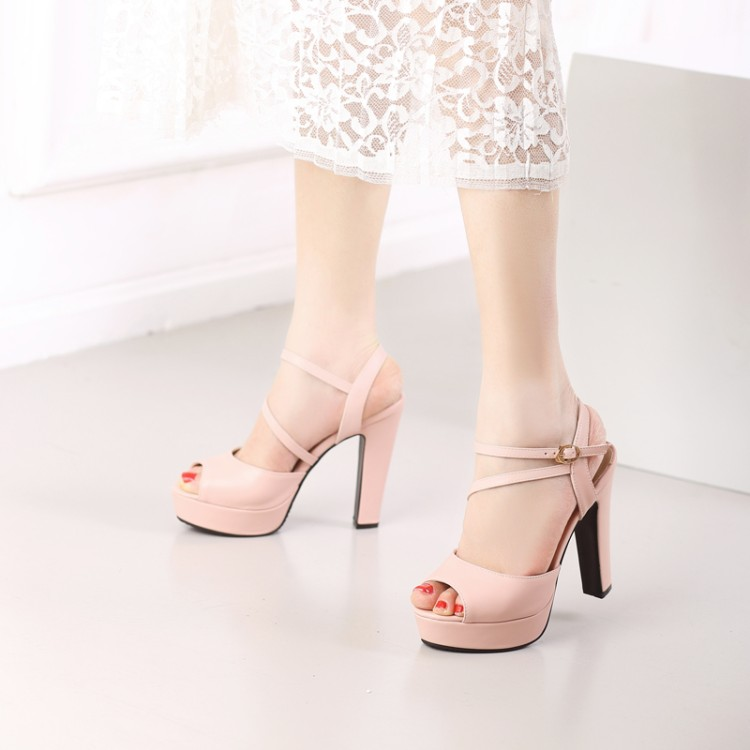 0ebfc995abbdb0 2017 Limited New Gladiator Sandals Women Tenis Feminino Big Size 34 46  Sandals Ladies Lady Shoes High Heel Women Pumps C 25 -in Women s Sandals  from Shoes ...