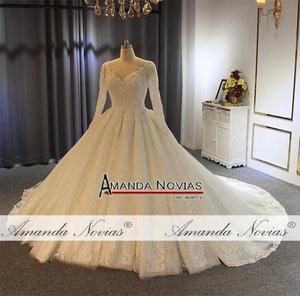 Image 2 - 2019 gelinlik abito da sposa maniche lunghe con il pieno di cristallo abito da sposa reale di lavoro