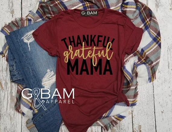 Hillbilly благодарны Mama Boyfriend Tee благодарны Blessed благодарения рубашка Беременность объявление мамы рубашка Топ ...
