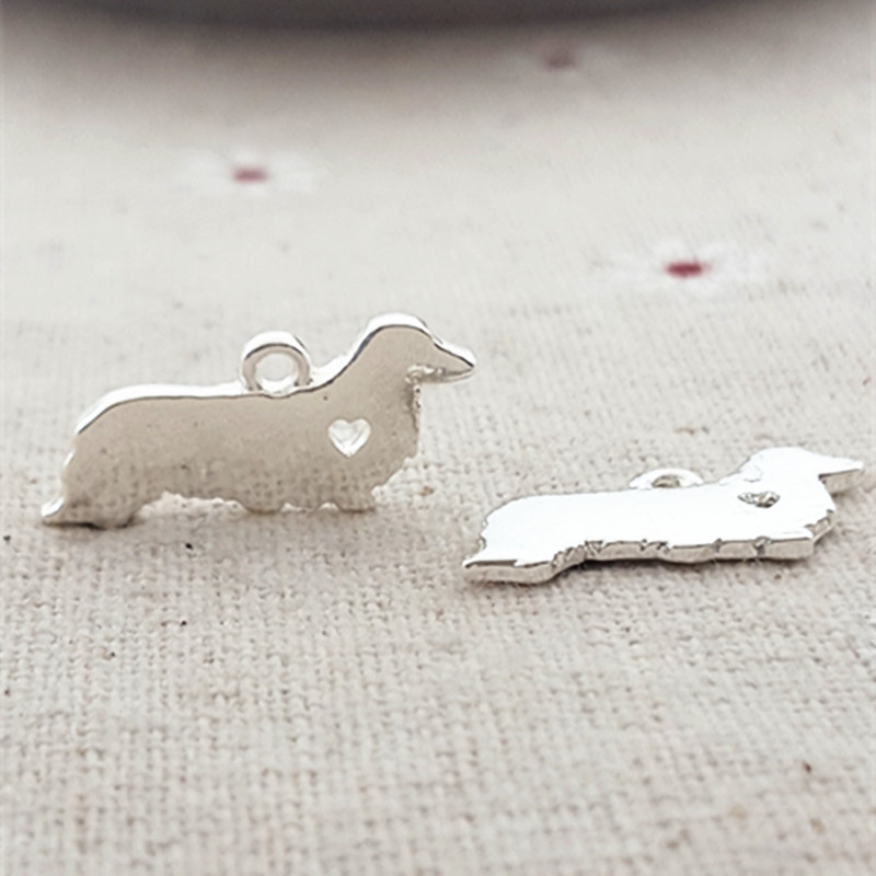 High Quality 10 Pieces/Lot 9*20MM Gold and Silver Color Cocker Spaniel dog Charms Animal charms For Jewelry Making