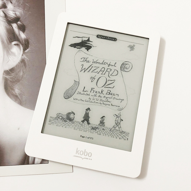 eBook Reader Kobo glo N613 Touch e-ink 6 inch 1024x768 2GB Front-light WiFi eReader