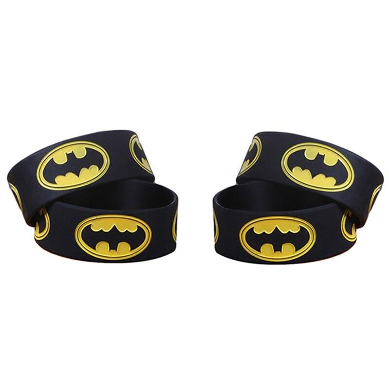 1 Pcs Retail Wide Batman Siliconen Polsbandje Een Alternatieve Stijl Armband Voor Animatie Fans Aangenaam Voor Het Gehemelte