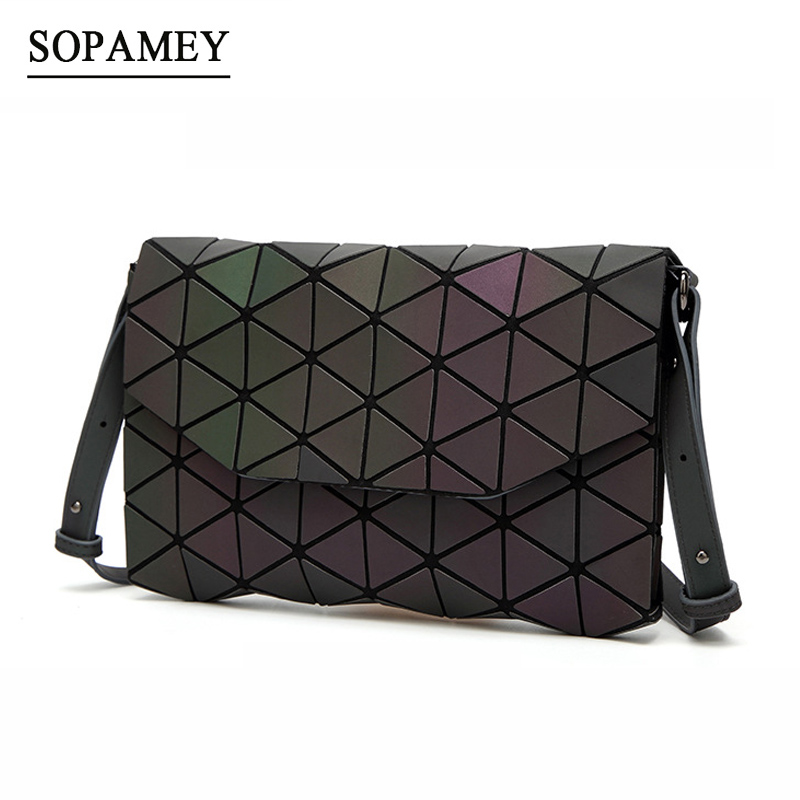 все цены на 2018 Women Shoulder Bags Luminous Bao Evening Bag For Girl Hand bag Fashion Geometric Bao Casual Day Clutch Women Messenger Bags