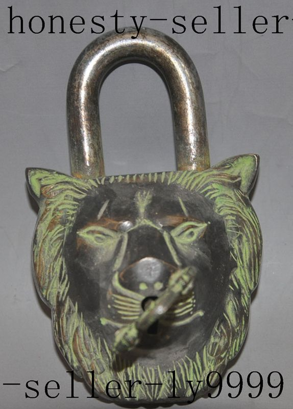 old chinese tibet bronze Guardian door foo dog lion beast head statue Locks Keys