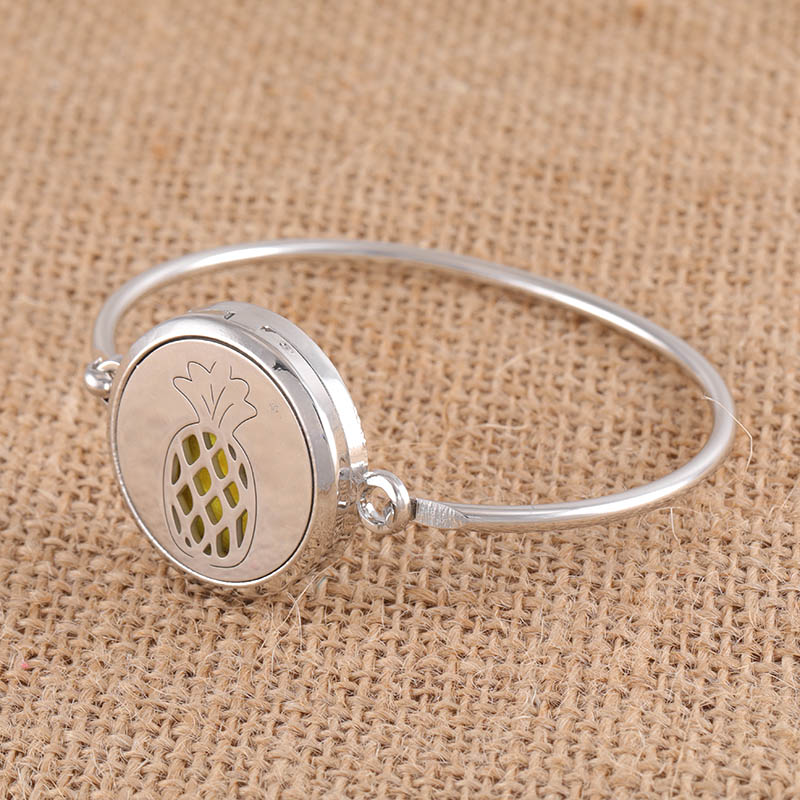 New cute pineapple pattern stainless steel aromatherapy box ladies fashion full copper bracelet to send 1 pieces of felt  SC107