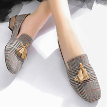 цены Tassel loafers women Plus size 41/42/43 Gingham Womens shoes flats High Quality Non-slip Ladies flats shoes on sale