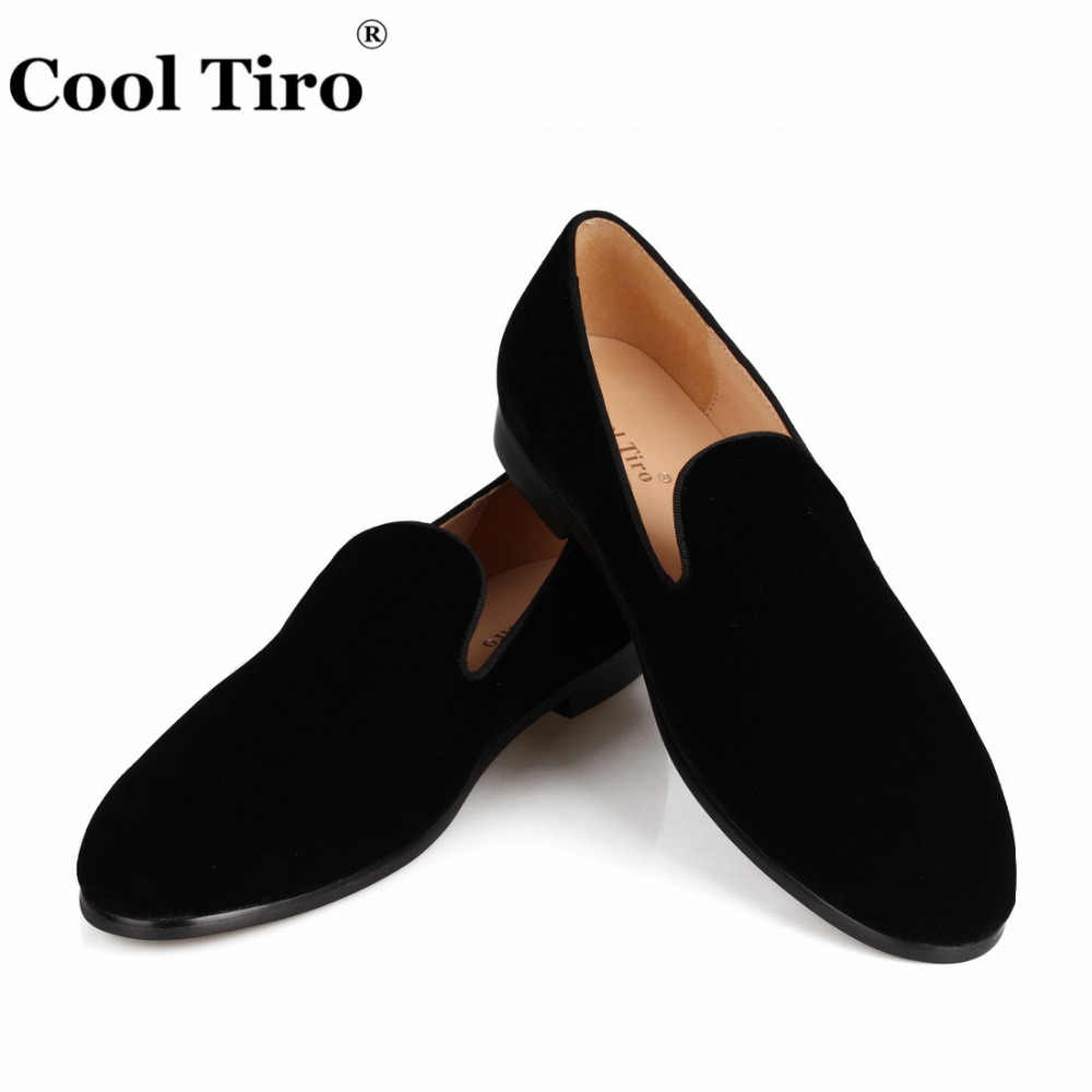Moccasins Men Loafers Smoking Slippers Flats Formal Wedding Party Black Velvet Men's Dress Shoes Casual Shoes Genuine Leather