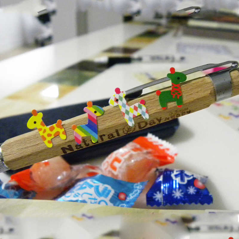 1 ورقة الأطفال لطيف البومة الزرافة مكافأة ملصقات المدرسة المعلم الجدارة الثناء لزجة ورقة فئة Lable الاطفال اللعب الكلاسيكية