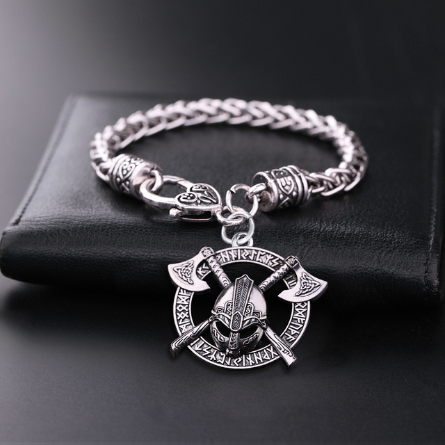 Bracelet casque Viking Odin  1
