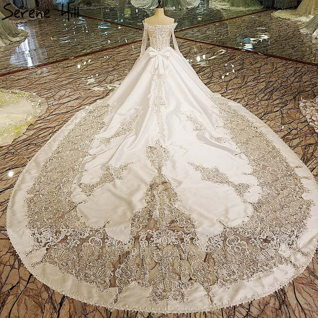 White Vintage High End Lace Train Wedding Dresses Luxury Long Sleeve Diamond Pearls Bridal Dress 2018 Vestido De Noiva