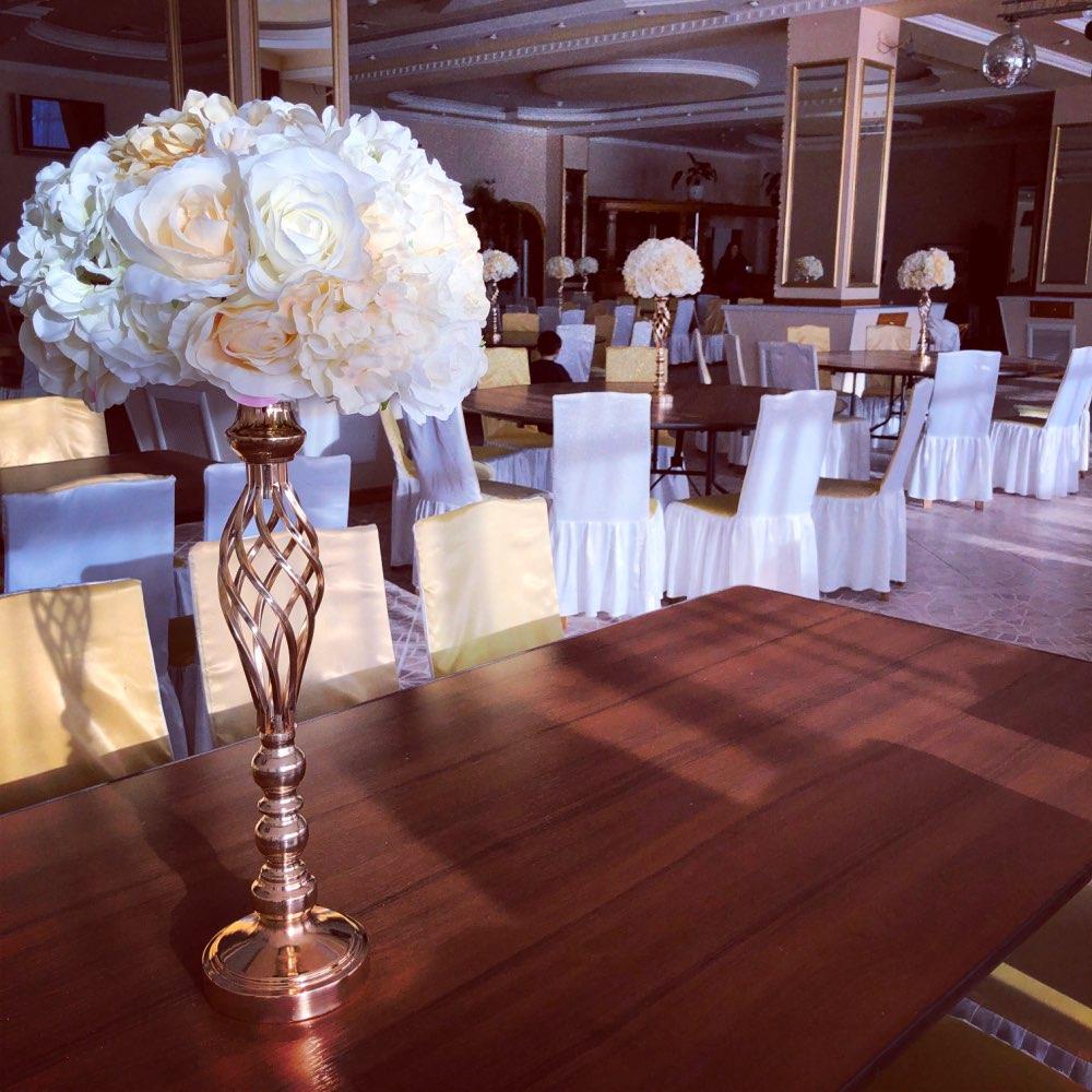 Christmas Weddings Decorations: Christmas Table Centerpiece Flowers Vase Display Home