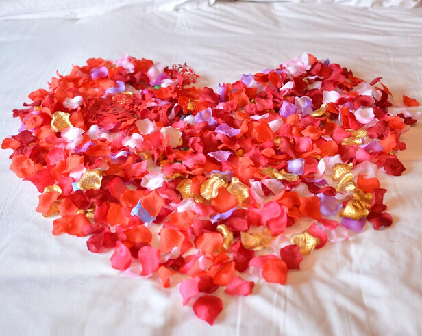 New 500Pcs Simulation Silk Flower For Wedding Valentines