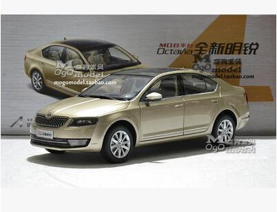 New SKODA OCTAVIA 2014 1 18 car model alloy metal diecast Collection original gift boy