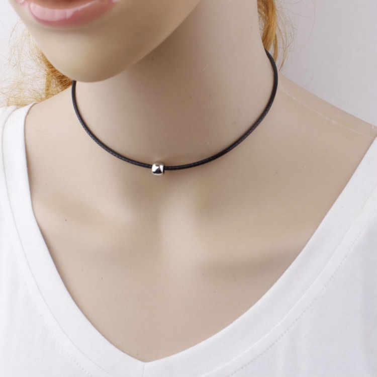 2017 proste mody naszyjnik choker cienkie czarne skórzane liny naszyjniki z srebrny/złoty Metal koraliki krótki naszyjnik kobiety