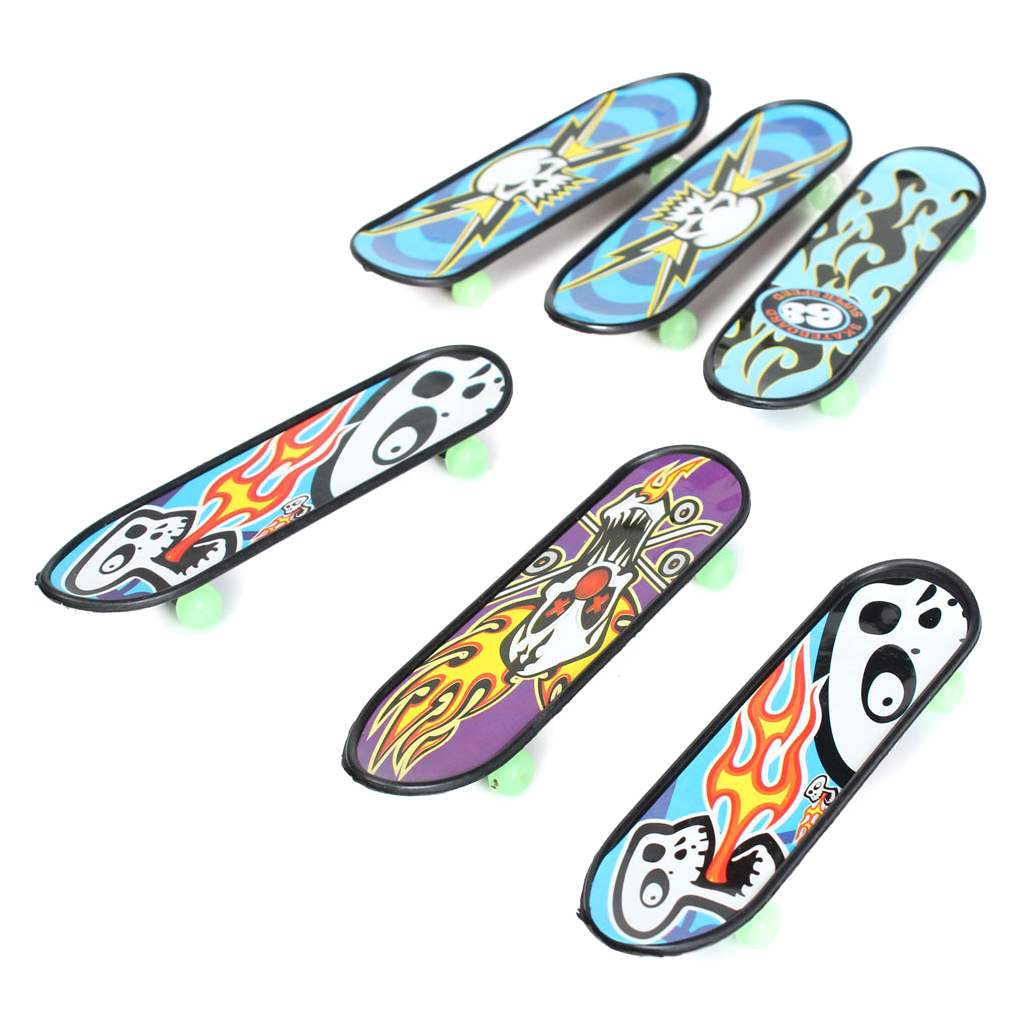HOT SALE 24pcs/Pack Fingerboards Finger Board Deck Skateboard 3.94inch Mini Kids Games Toys