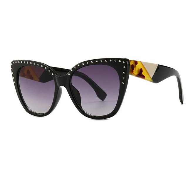 7660302c692ec Cat Eye Vintage Glasses Famous Brand Gradient Fashionable Big Sunglasses  Ladies Rivet Shades For Women Clear Eyeglasses 2019 New