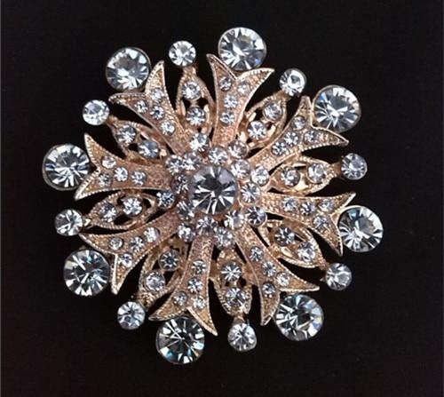 Родиевое покрытие прозрачный горный хрусталь ювелирные изделия большая брошь-цветок с кристаллами для свадебного приглашения - Окраска металла: Clear Gold