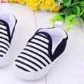 Crianças de Bebê da marca Crianças Sapatos Meninos Não-Deslizamento Listrado Crianças Primeiro Caminhantes Bebes Zapatos Ninas Bebê Recém-nascido