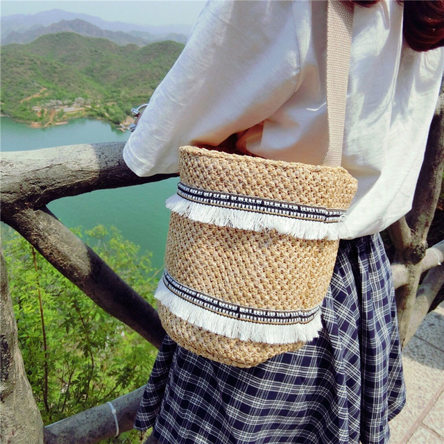 2017 Новая Мода Летом Пляж Вышивка Кошелек Дамы Crossbody Сцепления Посыльного Женщин Сумки Соломы Drawstring Сумка