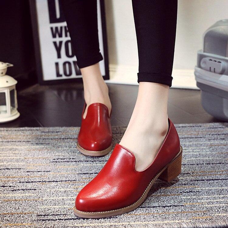 Inglaterra Estilo Slip-on Office Lady Tacones Cuadrados Zapatos de Cuero Elegant