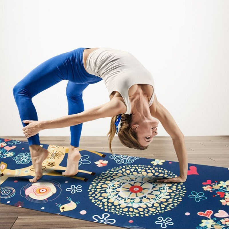 Free shipping Natural rubber folding portable travel yoga mat 1.5MM thickness Eco-friendly suede color printing yoga towel