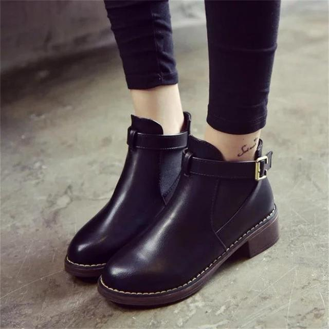 Women Ankle Martin Boots 2018 Autumn Female Casual Shoes Woman Flat Fashion Platform Round Toe Buckle Strap Solid Comfortable 1