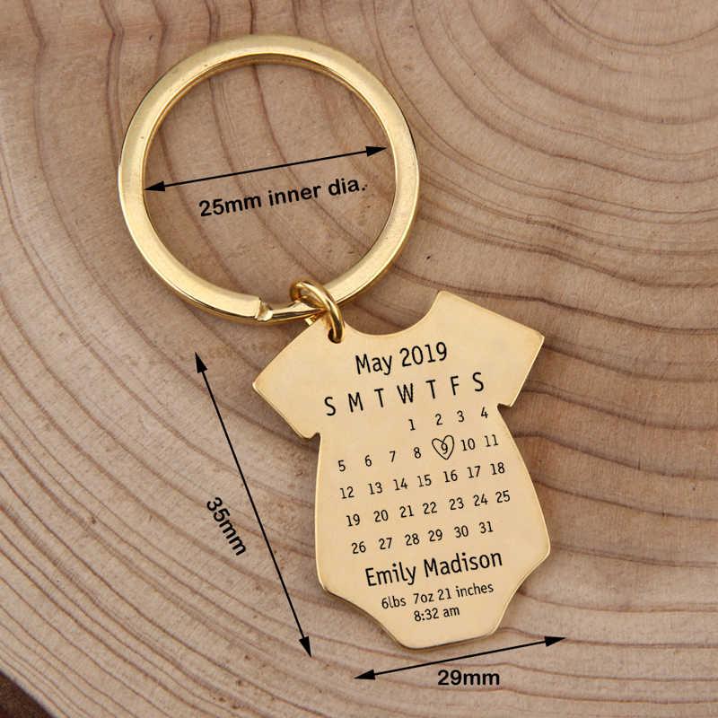 Tanggal Pribadi Disesuaikan Gambar Gantungan Kunci Pasangan Ulang Tahun Bayi Lahir Hadiah Perhiasan Pesona Kunci Liontin untuk Pertama Ayah Ibu