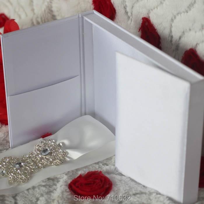 Elegant White Satin Silk Box Wedding Invitation Decorated with ...